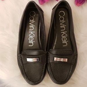 Calvin Klein women's size 9 leather shoes